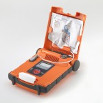 eksternal defibrilator açık